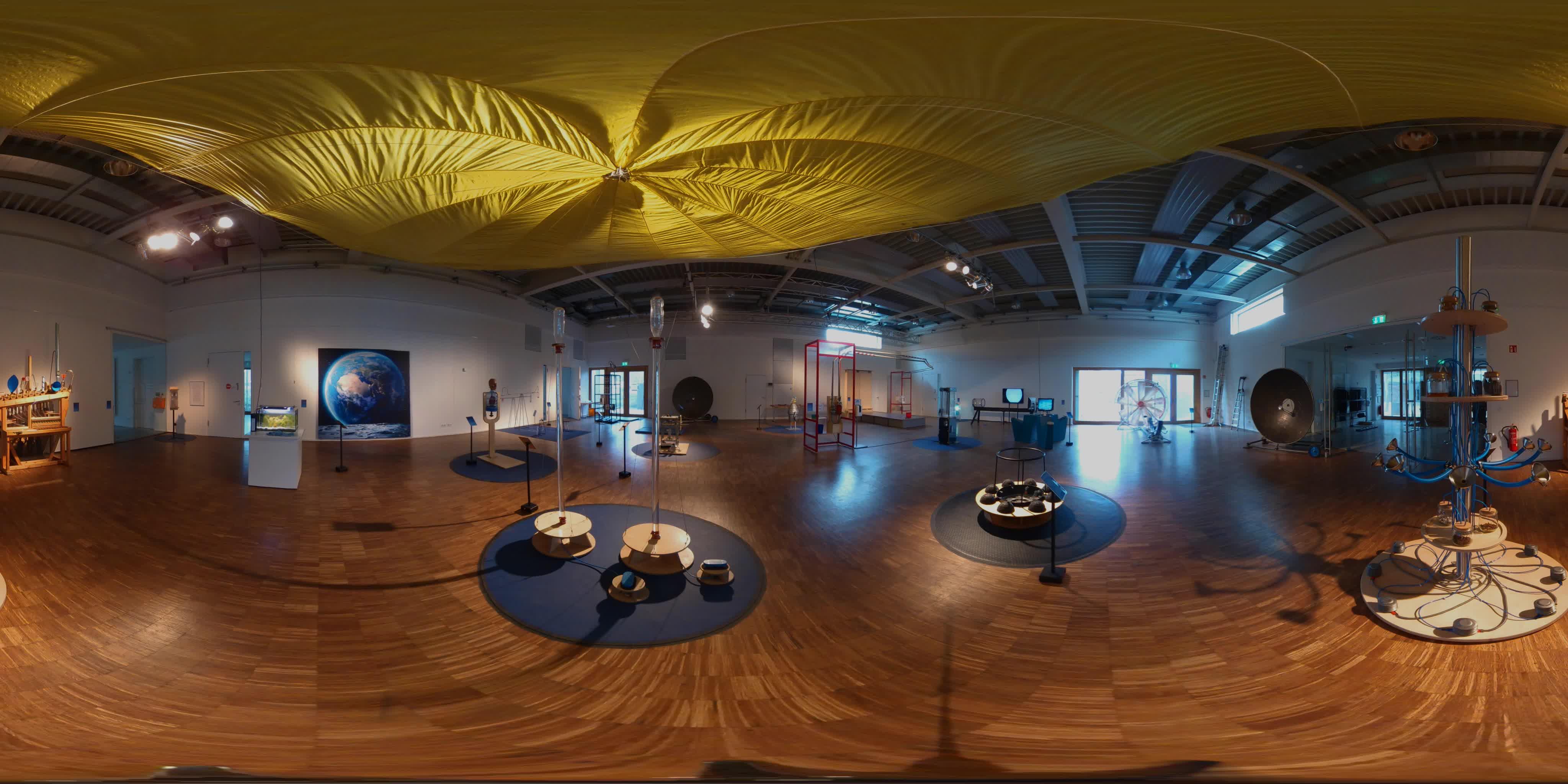 360 Grad Ausstellung 1
