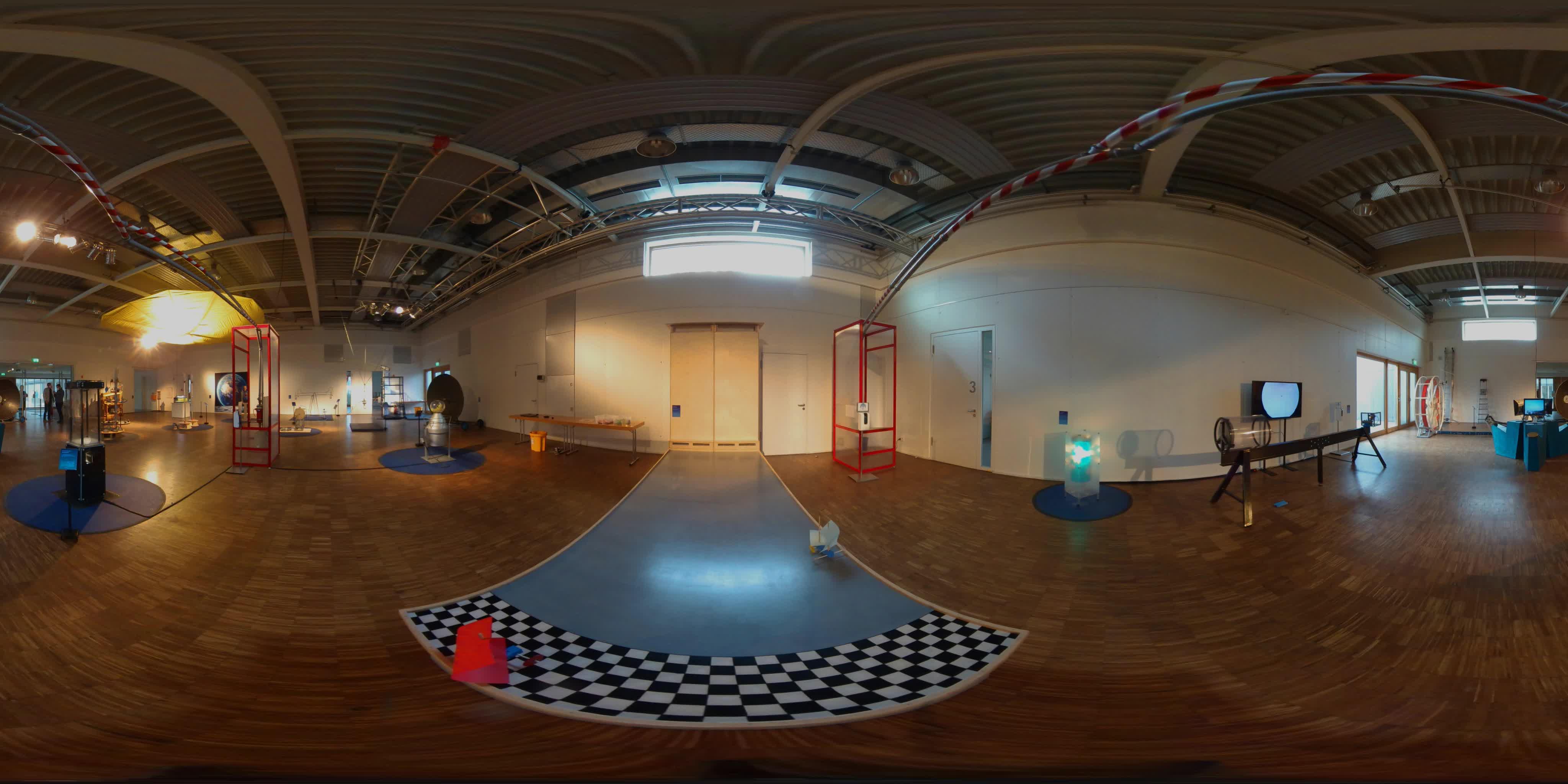 360 Grad Ausstellung 3